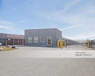 Storage Units for Rent available at 6263 West Stoner Drive, Greenfield, IN 46140 Photo Gallery 1