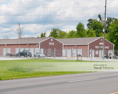 Storage Units for Rent available at 5812 East US Highway 40, Plainfield, IN 46168 Photo Gallery 1