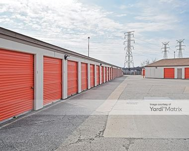 Storage Units for Rent available at 4350 South East Street, Indianapolis, IN 46227 Photo Gallery 1