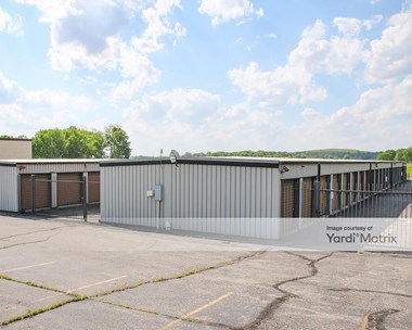 Storage Units for Rent available at 903 East Central Avenue, West Carrollton, OH 45449 Photo Gallery 1