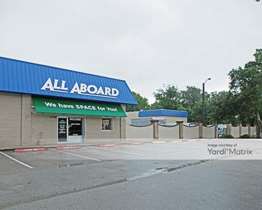 Storage Units for Rent available at 3742 South Nova Road, Port Orange, FL 32129 Photo Gallery 1