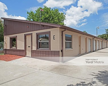 Storage Units for Rent available at 2925 South Ridgewood Avenue, South Daytona, FL 32119 Photo Gallery 1
