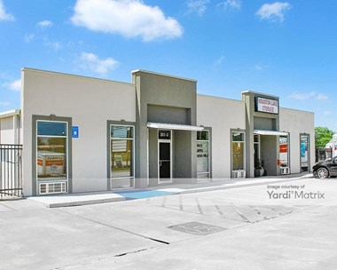 Storage Units for Rent available at 301 Club Villa Court, Kathleen, GA 31047 Photo Gallery 1