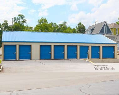 Storage Units for Rent available at 227 West Dodds Street, Bloomington, IN 47403 Photo Gallery 1
