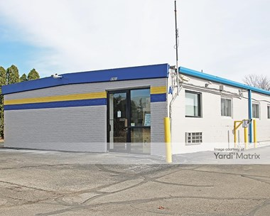 Storage Units for Rent available at 6901 Hawthorn Park, Indianapolis, IN 46220 Photo Gallery 1
