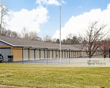 Storage Units for Rent available at 5720 Samrick Avenue SE, Belmont, MI 49306 Photo Gallery 1