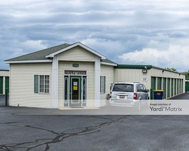 Storage Units for Rent available at 2525 Kamar Drive, Holland, MI 49424 Photo Gallery 1