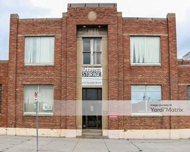 Storage Units for Rent available at 630 East Walnut Street, Kalamazoo, MI 49007 Photo Gallery 1