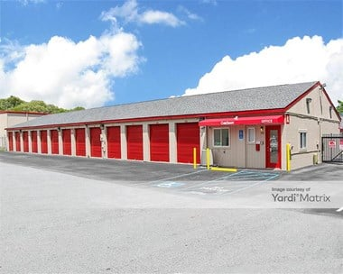 Storage Units for Rent available at 3718 Alpine Avenue NW, Comstock Park, MI 49321 Photo Gallery 1
