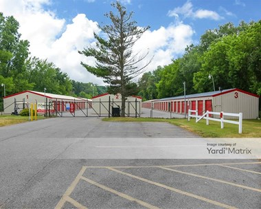 Storage Units for Rent available at 820 West Centre Avenue, Portage, MI 49024 Photo Gallery 1