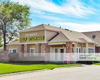 Storage Units for Rent available at 111 North Maize Road, Wichita, KS 67212 Photo Gallery 1