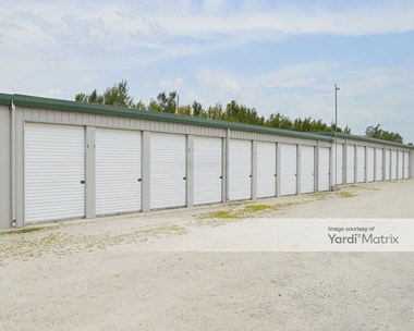 Storage Units for Rent available at 801 Hendricks Street, Hutchinson, KS 67501 Photo Gallery 1