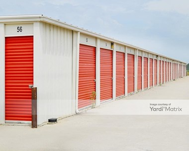 Storage Units for Rent available at 1008 West 30Th Avenue, Hutchinson, KS 67502 Photo Gallery 1