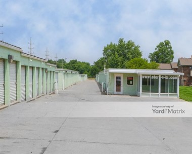 Storage Units for Rent available at 504 East 38th Street, Anderson, IN 46013 Photo Gallery 1