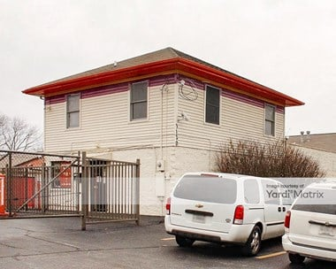 Storage Units for Rent available at 3120 Breckenridge Lane, Louisville, KY 40220 Photo Gallery 1