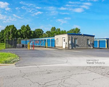 Storage Units for Rent available at 1510 Research Drive, Jeffersonville, IN 47130 Photo Gallery 1