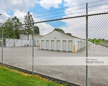 Storage Units for Rent available at 1841 Scott Road, New Albany, IN 47150 Photo Gallery 1