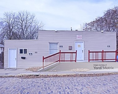 Storage Units for Rent available at 231 Burton Avenue, Washington, PA 15301 Photo Gallery 1