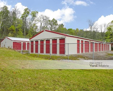 Storage Units for Rent available at 2165 Big Sewickley Creek Road, Sewickley, PA 15143 Photo Gallery 1