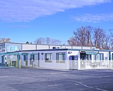 Storage Units for Rent available at 1555 Brinton Road, Braddock Hills, PA 15221 Photo Gallery 1