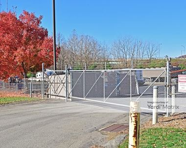 Storage Units for Rent available at 4400 Broadway Blvd, Monroeville, PA 15146 Photo Gallery 1