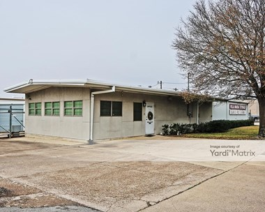 Storage Units for Rent available at 1246 East Villa Maria Road, Bryan, TX 77802 Photo Gallery 1