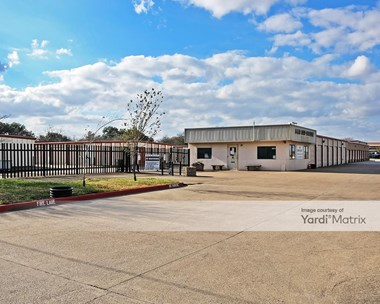 Storage Units for Rent available at 1711 North Earl Rudder Fwy, Bryan, TX 77803 Photo Gallery 1
