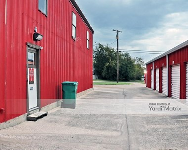 Storage Units for Rent available at 1100 Cheryl Lane, Belton, TX 76513 Photo Gallery 1