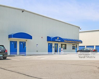 Storage Units for Rent available at 513 Main Street, Wallingford, CT 06492 Photo Gallery 1