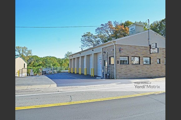 Forum Self Storage - 1074 Plainfield Street, Johnston – RENTCafé