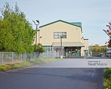 Storage Units for Rent available at 3346 Pawtucket Avenue, Riverside, RI 02915 Photo Gallery 1