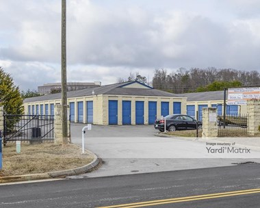 Storage Units for Rent available at 1431 Weisgarber Road, Knoxville, TN 37909 Photo Gallery 1