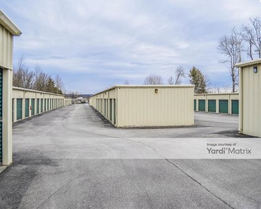 Storage Units for Rent available at 110 Loudoun Road, Knoxville, TN 37934 Photo Gallery 1