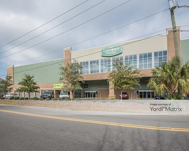 Storage Units for Rent available at 2118 Heriot Street, Charleston, SC 29403 Photo Gallery 1