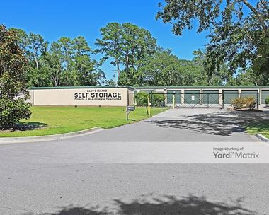 Storage Units for Rent available at 13 Inlet Road, Beaufort, SC 29902 Photo Gallery 1