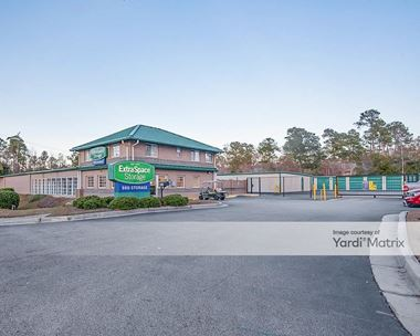 Storage Units for Rent available at 609 Old Trolley Road, Summerville, SC 29485 Photo Gallery 1