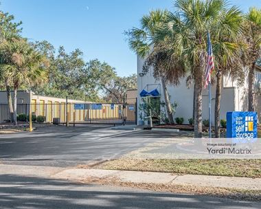 Storage Units for Rent available at 1471 Center Street Ext, Mount Pleasant, SC 29464 Photo Gallery 1