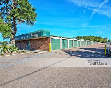 Storage Units for Rent available at 5500 Dorchester Road, North Charleston, SC 29418 Photo Gallery 1