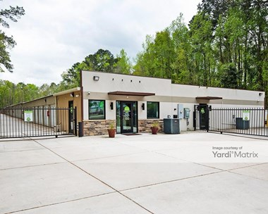 Storage Units for Rent available at 3781 Ashley Phosphate Road, North Charleston, SC 29418 Photo Gallery 1