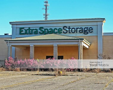 Storage Units for Rent available at 9700 Two Notch Road, Columbia, SC 29223 Photo Gallery 1