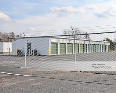 Storage Units for Rent available at 2500 South Dixie Blvd, Radcliff, KY 40160 Photo Gallery 1