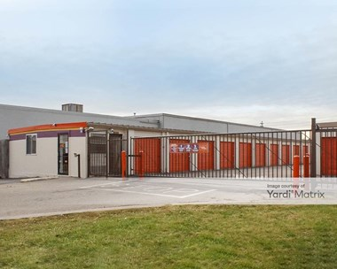 Storage Units for Rent available at 1405 Bunton Road, Louisville, KY 40213 Photo Gallery 1