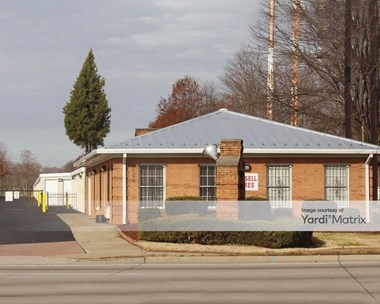 Storage Units for Rent available at 4100 Cane Run Road, Louisville, KY 40216 Photo Gallery 1