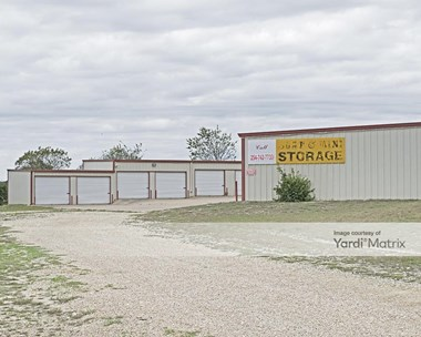 Storage Units for Rent available at 5858 Sparta Road, Belton, TX 76513 Photo Gallery 1