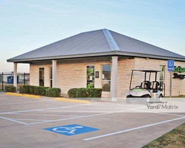 Storage Units for Rent available at 580 West Loop 121, Belton, TX 76513 Photo Gallery 1