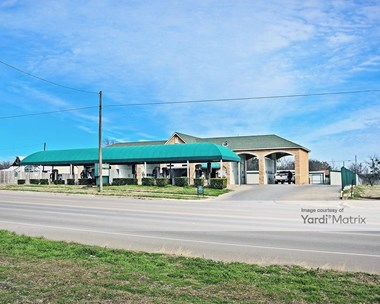 Storage Units for Rent available at 227 Waco Street, Hillsboro, TX 76645 Photo Gallery 1