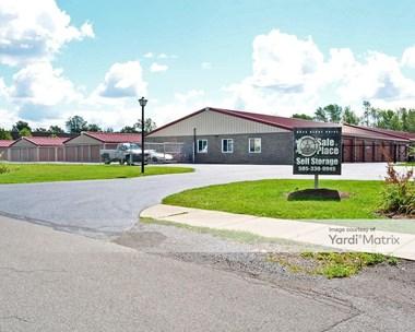 Storage Units for Rent available at 6025 Denny Drive, Farmington, NY 14425 Photo Gallery 1