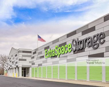 Storage Units for Rent available at 643 Farmington Avenue, New Britain, CT 06053 Photo Gallery 1