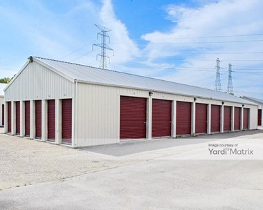 Storage Units for Rent available at 105 Nulf Drive, Columbiana, OH 44408 Photo Gallery 1