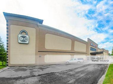 Storage Units for Rent available at 9810 Bluebonnet Blvd, Baton Rouge, LA 70810 Photo Gallery 1